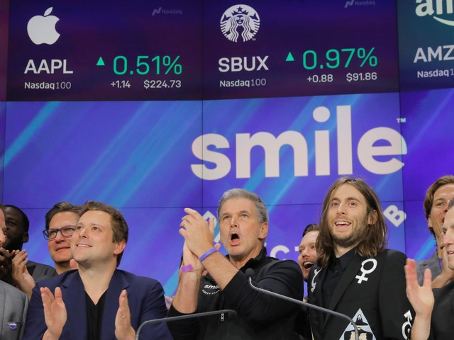 SmileDirectClub's IPO was such a disaster that the CEO called up JPMorgan's Dimon to ask what went wrong (SDC)