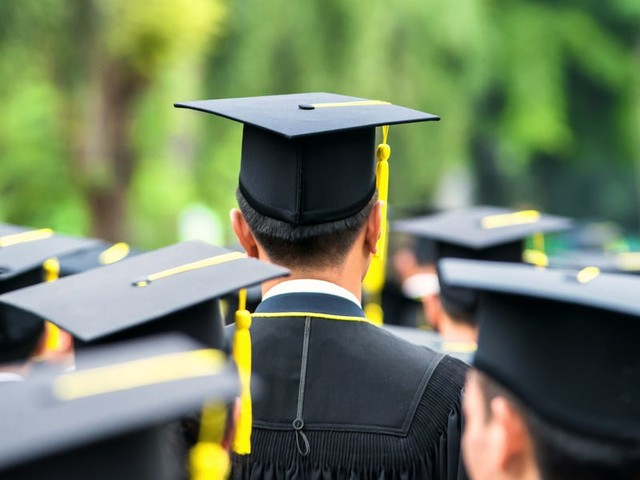 8 signs you can pay off your student loans in less time
