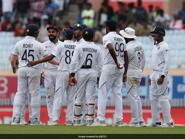 3rd Test Day 4 LIVE Score: India 2 Wickets Away From Series Clean Sweep