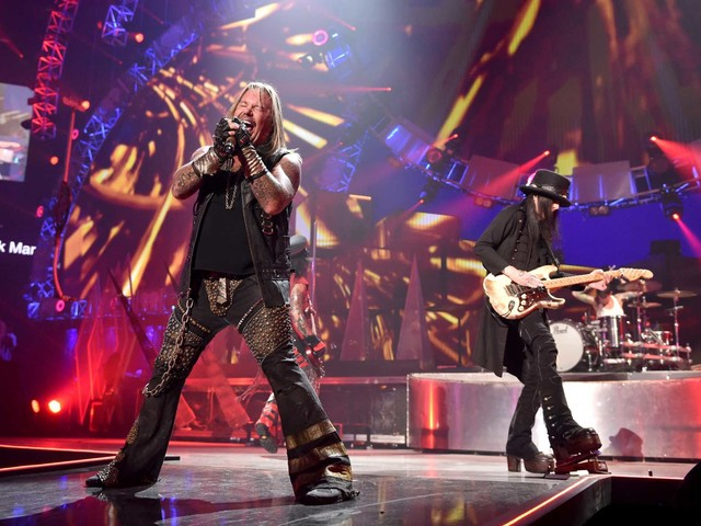 Def Leppard, Motley Crue, Poison, Joan Jett bringing The Stadium Tour to Houston