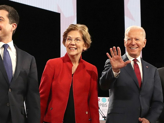 Liz Vs. Bernie: Everything That Happened In The January Democratic Debate