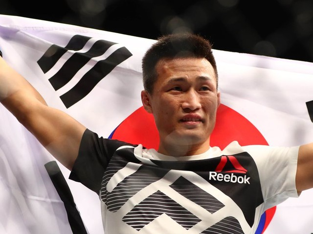 Pros react to Korean Zombie's beatdown of Edgar at UFC Busan