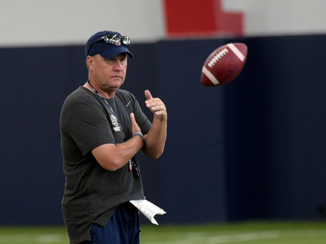 Liberty football coach Hugh Freeze had surgery for life-threatening staph infection