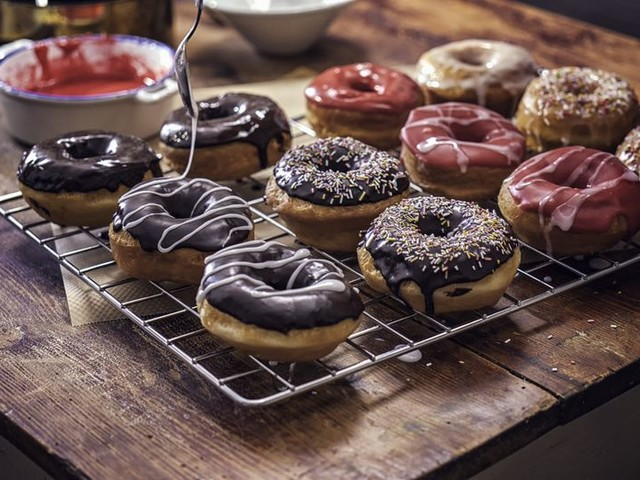 Expert Tips for Making Doughnuts at Home