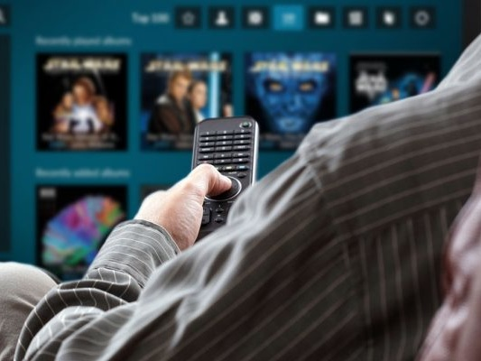 Kodi Remote: The 10 Best Ways to Control Kodi From Your Couch