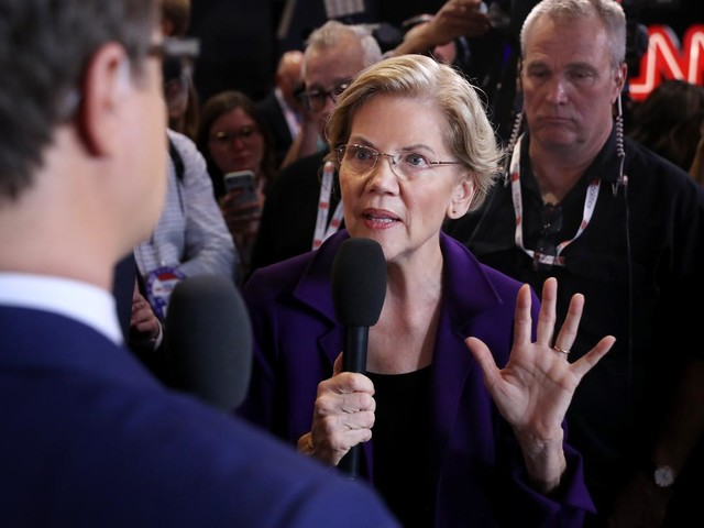 Warren calls on Trump administration to fire loan servicer Navient