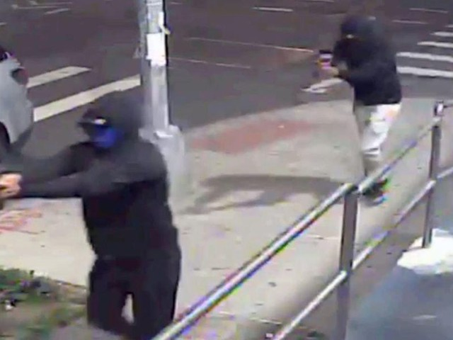 VIDEO: 10 wounded, including 72-year-old, in 'brazen' NYC shooting where gangbangers escape on mopeds in 'coordinated attack'