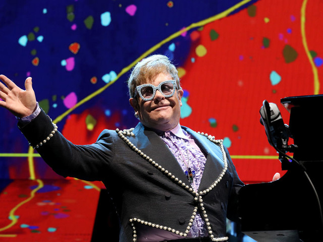 Sir Elton John tickles the ivories - and fan fancies - with Farewell Yellow Brick Road stop at The Q: concert review