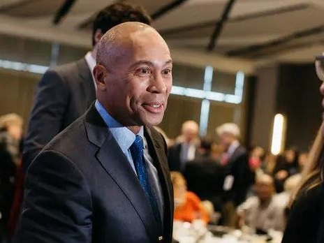 Former Mass Governor Deval Patrick Launches 2020 Bid To Be Dems' New Centrist Champion