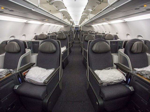 American Airlines launches new way to earn miles with Vivid Seats