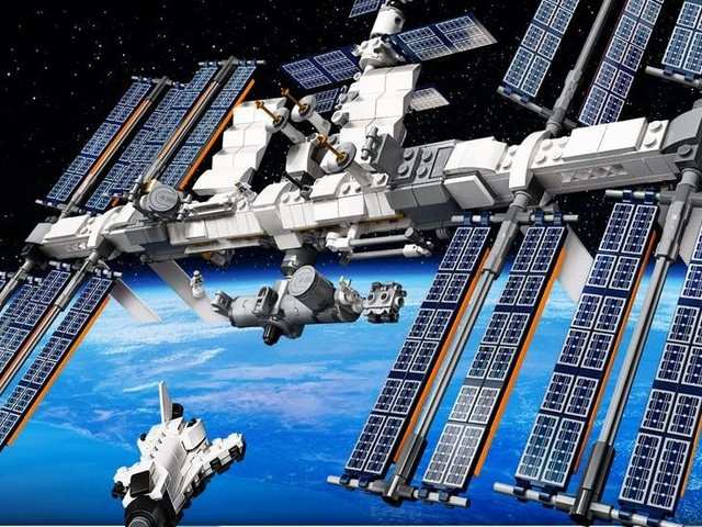 Lego releases new International Space Station set, sends it into the stratosphere