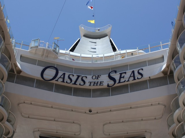 Man on Oasis of the Seas apparently jumps from cruise ship while docked in San Juan