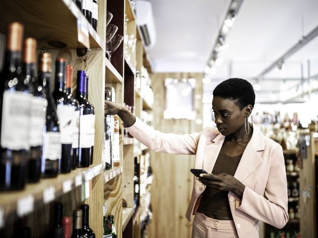 How to Spot a Good, Cheap Bottle of Wine