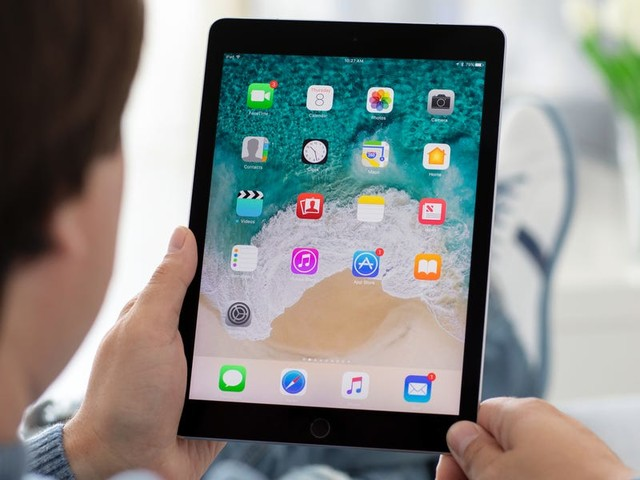 How to change the AutoFill settings on your iPad to make filling out forms easier, or to keep your passwords secure