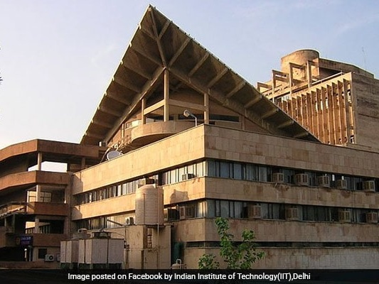 200 Innovative Products Displayed At IIT Delhi's Industry Day
