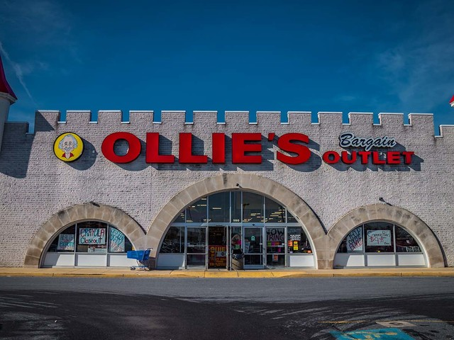 OLLI Stock Falls 9% as Ollie's Bargain Outlet CEO Dies Unexpectedly