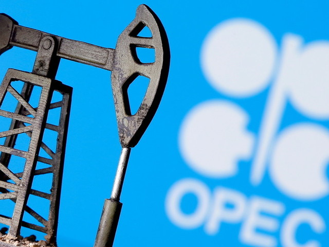 OPEC+ tries to reach compromise on oil output policy as UAE blocks production boost