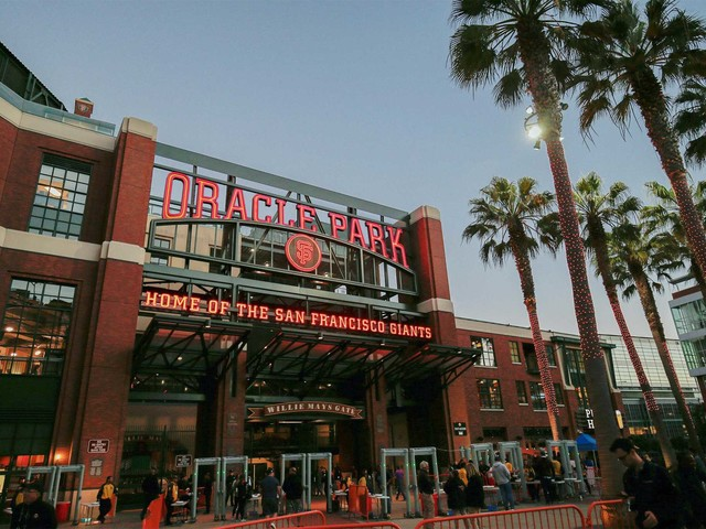 San Francisco Giants' home now called Oracle Park after AT&T split