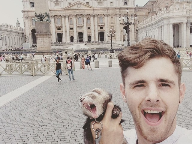 Man quits job, sells possessions to travel around world with pet ferret