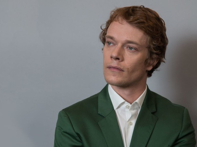 """'Game of Thrones': Alfie Allen Is Ready To Open Up About His """"Dark, Dark Moments"""" On Set"""