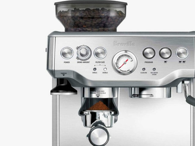 This Is a Ridiculous Deal on One of the Best Home Espresso Machines You Can Buy