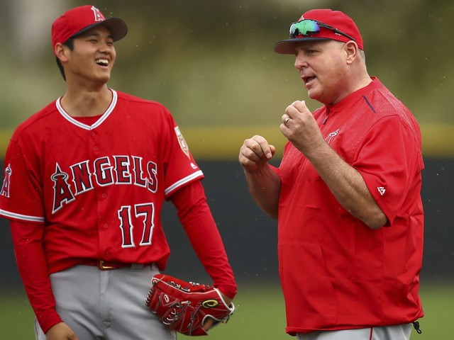 Angels' Shohei Ohtani attracts attention on first day