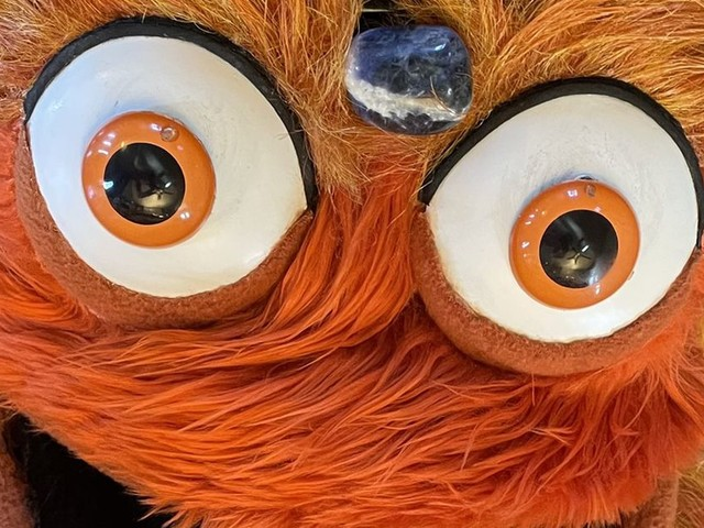 I'm pretty sure Gritty is about to ascend and unleash cosmic horrors on the Earth