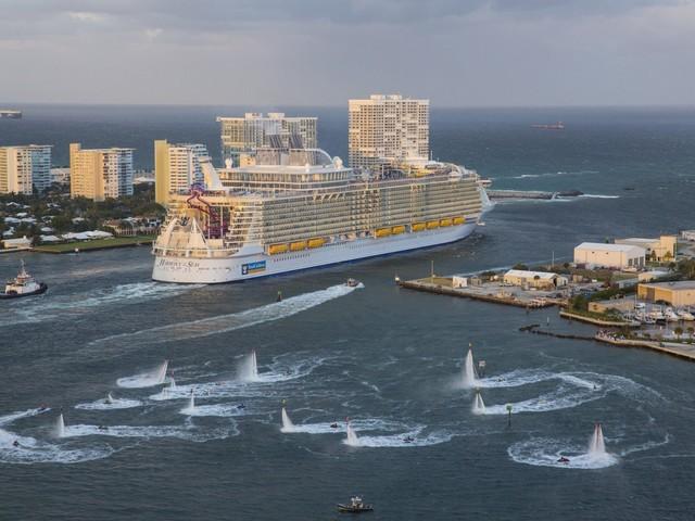 U.S. Senators introduce bill to allow cruise lines to restart