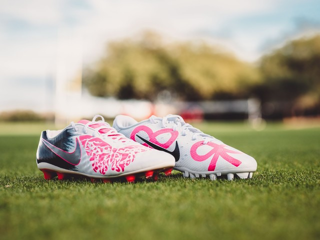 'She'll always be there': Cardinals punter Andy Lee honors late daughter with cleats