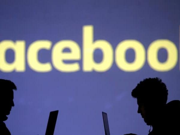 Facebook Blames 'Server Configuration Change' for Massive Outage