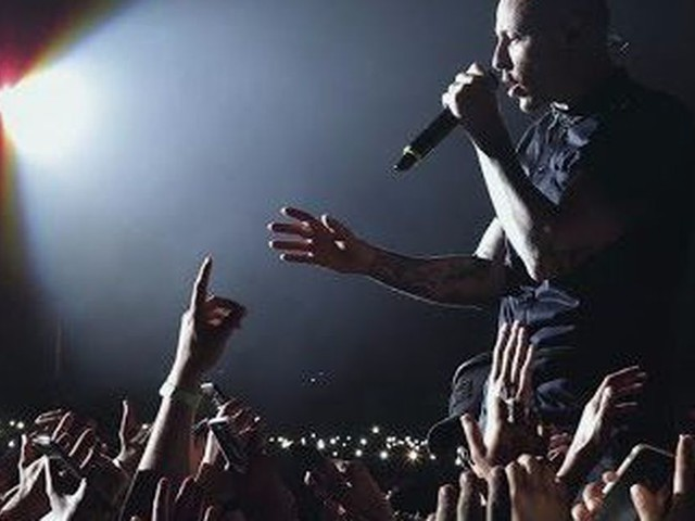 Linkin Park release emotional video tribute and announce concert for Chester Bennington