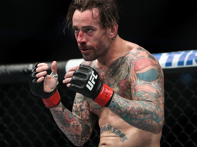 """""""There's Some Interesting Things For Riddle on SmackDown""""- CM Punk Gives Verdict on Fight Pit"""