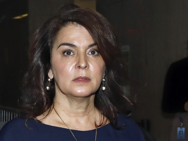 Annabella Sciorra testifies that Harvey Weinstein raped her