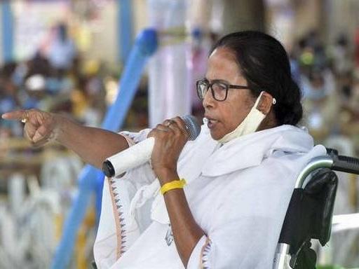 Second COVID wave Modi-made disaster: Mamata
