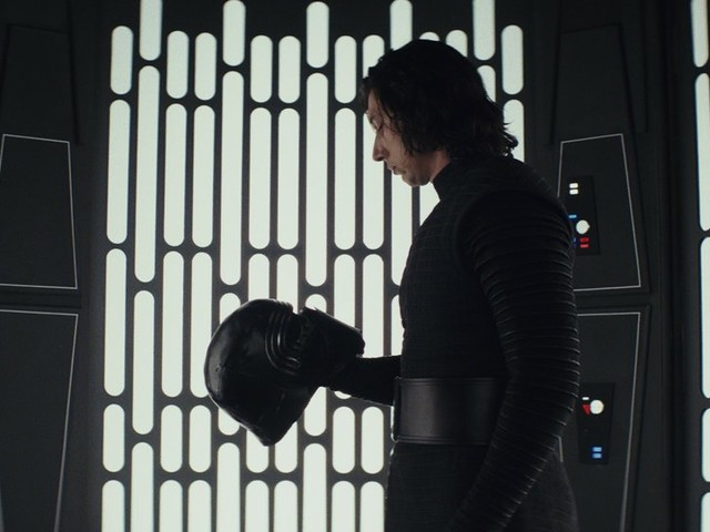 'Star Wars: The Last Jedi' Is Really Good! Here's Our Review.