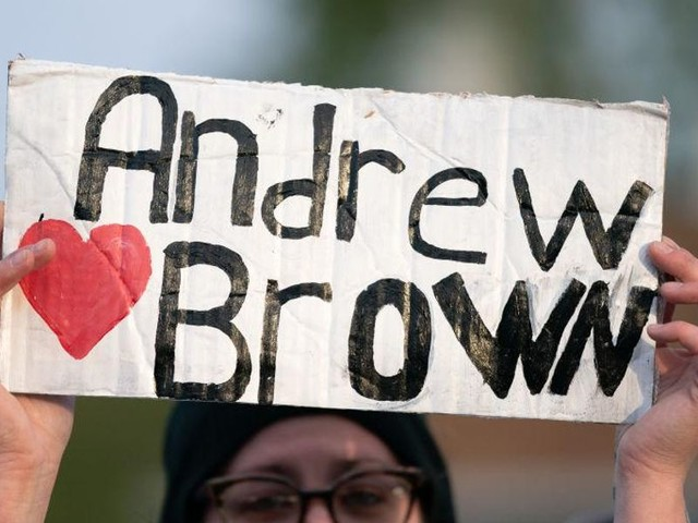 NC district attorney says sheriff's deputies who fatally shot Andrew Brown Jr. were 'justified'