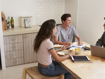 Parent PLUS vs. Private Student Loans: Which Option Offers Better Rates?