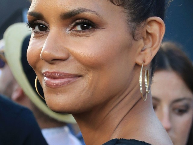 Halle Berry Reflects On Her Time Living In A New York City Homeless Shelter