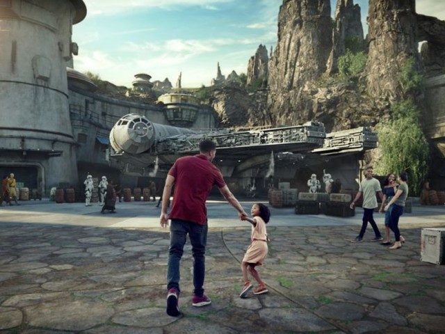 Disney finally reveals opening date for 'Star Wars' theme park
