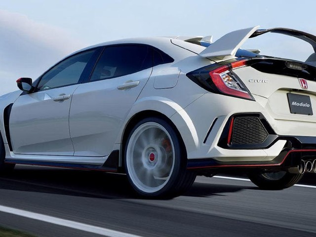 JDM Honda Civic Type R Accessories Make It Even Wilder