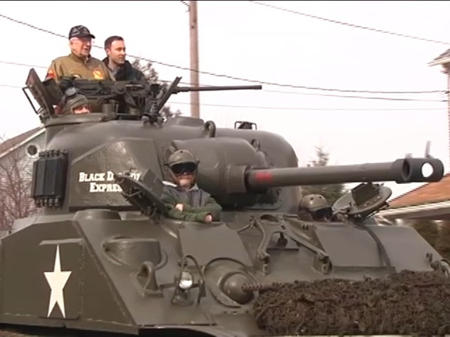 World War II vet surprised with tank ride through the streets of Allentown