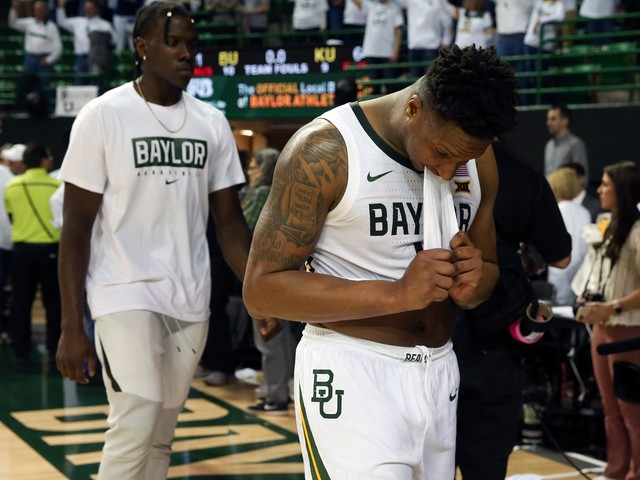 College basketball's biggest winners and losers: Baylor suffers setback, Dayton unbeatable