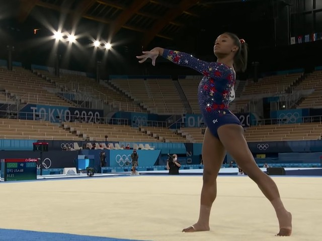 'That girl has endured more trauma by the age of 24 than most people': Viral Instagram post shuts down Simone Biles' critics (updated)