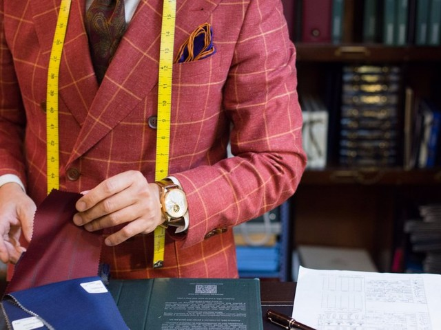 This exclusive men's clothing store serves up bespoke suits and cocktails and charges an admission up to $3,000 – take a look inside