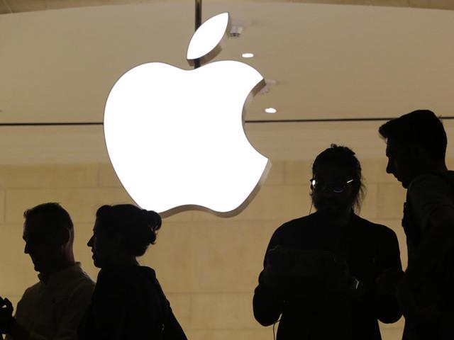 Apple readies camera-focused 'Pro' iPhones, new iPads,larger MacBook Pro