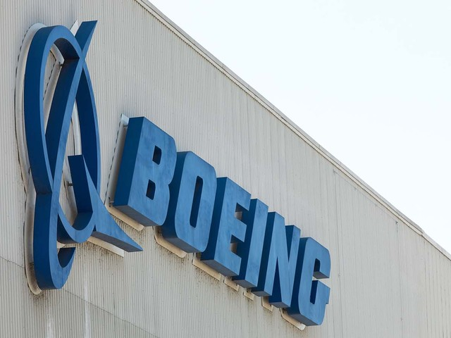 Buy the Possible Hard Landing for Boeing Stock