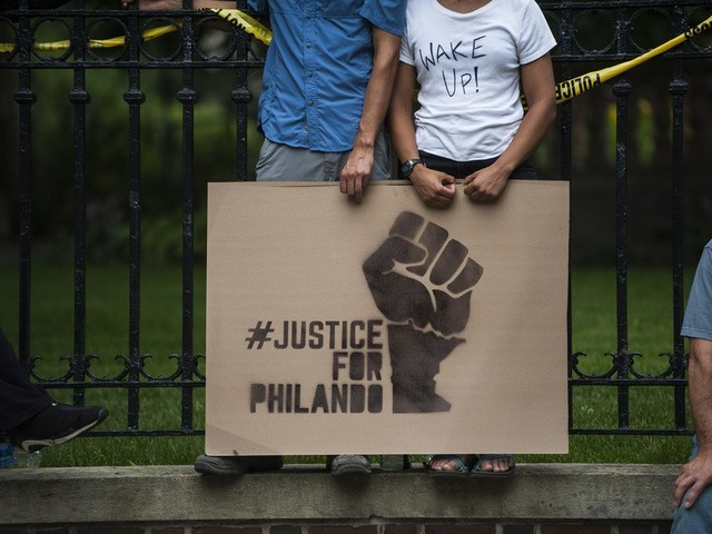 Officer who killed Philando Castile acquitted by jury in Minnesota