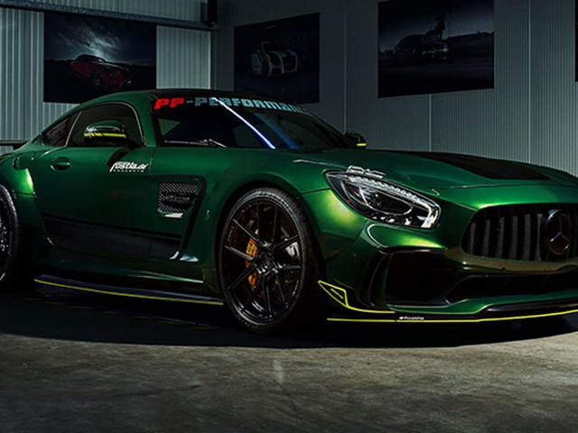 Mercedes-AMG GT R Leaves Subtlety Aside For A Wide Body Upgrade