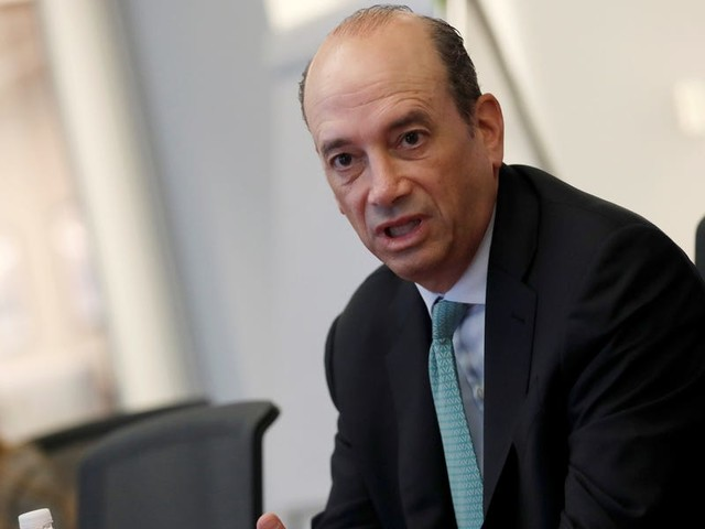 Investor Joel Greenblatt is crushing 96% of peers by adding a unique twist to the famed strategies of Warren Buffett and Ben Graham. He shared with us his winning approach.