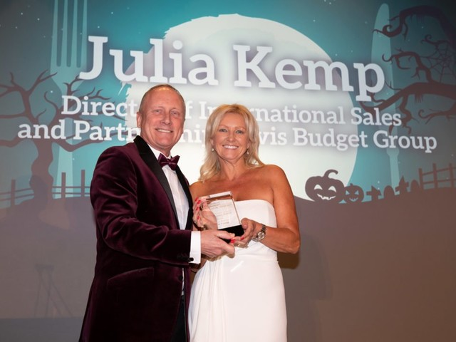 Avis Budget Executive Receives Travel Award